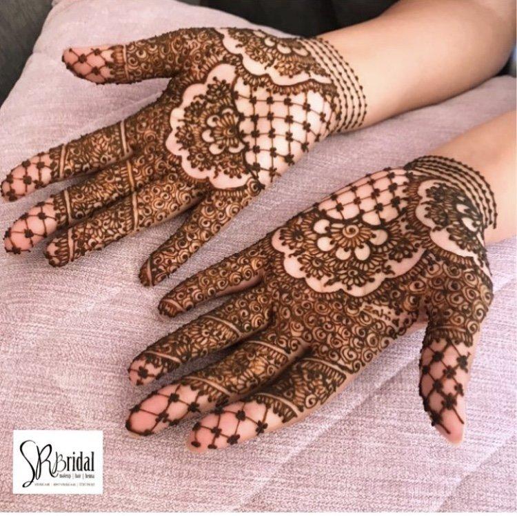 Henna artist Brighton